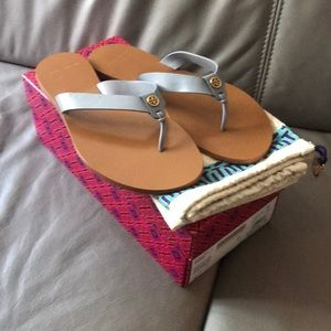 NWT TORY BURCH MANON THONG CALF LEATHER SANDALS